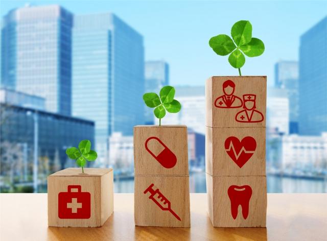 医療機関の勤務体制と現場の様子